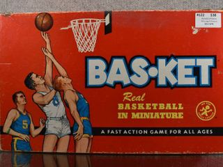 Vintage Basketball Game   Cadaco   Original Box