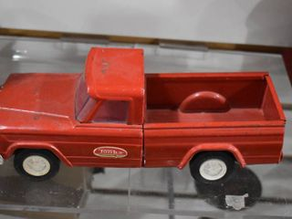 Vintage Tonka Red Jeep Pickup Truck 1960 s   Tonka   Steel with Bottle Brush Tires   9