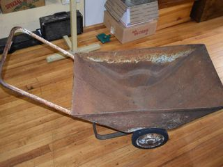 Vintage Garden Cart Metal   2  Tall   lOCAl PICKUP ONlY