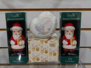 Vintage lot of 3 Annual Ornaments 1978   Precious Moments Grandma Trinket Box   Goebel   Enesco   NIB   4