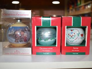 Vintage lot of 4 Hallmark Christmas Ornament 1989  1976   Hallmark Cards   Betsy Clark design