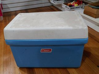 Vintage Coleman Cooler with Metal Handles   Opener   2 Piece   14  x 21