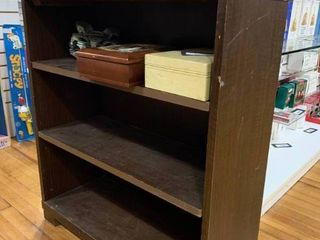 Vintage Wood Bookcase 3 Tiered Shelves   Contents Not Included   30  x 34    lOCAl PICKUP ONlY