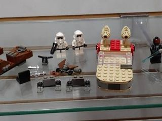 Vintage Star Wars lego lots   Some Pieces May Be Missing