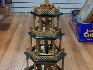 Vintage Pioneer Effort 3 Tiered Christmas Candle Holder   QVC Item   H11894   20  tall   lOCAl PICKUP ONlY