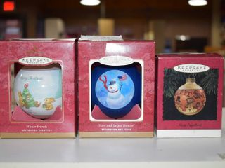 Vintage lot of 3 Hallmark Keepsake Christmas Ornament   Winter Friends  Stars   Stripes  Mary Engelbreit
