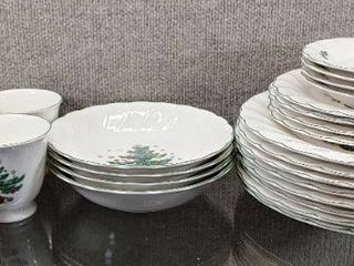 Set of 24 Happy Holidays Christmas Tree Dinner Set   Nikko Made in Japan