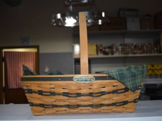 Vintage longaberger Hospitality Basket 1998   longaberger   lined   18  long 14  Tall