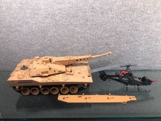 Vintage lot of 2 Hasbro Gi Joe Toys   Tank   Helicopter   1980 s