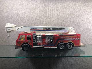 Vintage Tonka Fire Rescue Engine No 5 w Dog and Firefighter   Tonka   25