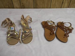 2  Pair s of girl sandle s both size 4