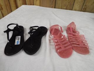 2  pair of girl s sandle s pink pair size 4 black pair size 3