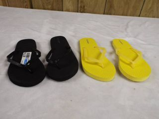 2  Pair of girl s flip flop s