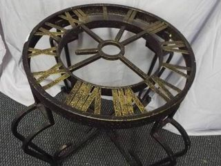 Sundial Table  21 5 T  18  round