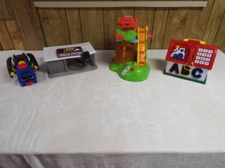 lot with 4 various toy s