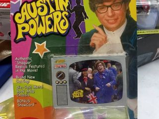 Johnny lightning Austin Powers authentic Shaguar replica featured in the movie brand new casting diecast metal body and Chassis bonus show card