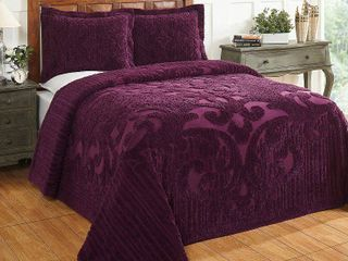 King Sham   Plum  Better Trends Ashton Collection in Medallion Design 100  Cotton