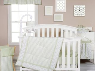 Trend lab Sea Foam Green 3 Piece Crib Bedding Set  RETAIl  79 99