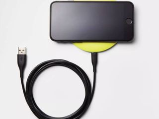 heyday Qi Wireless 5W Charging Puck   lime Green  RETAIl  9 99    GREAT STOCKING STUFFER   Matches lot 73141