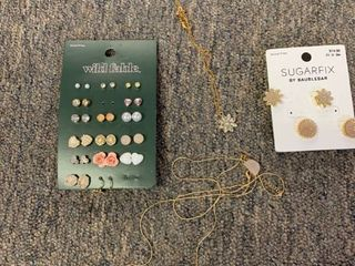 large lot Jewelry 18 Pairs Earrings   2 Necklaces   Wild Fable   SugarFix by BaubleBar  RETAIl  50
