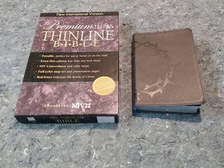 2 Bibles