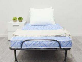 Milliard lightweight Rollaway Folding Cot with Medium Firm Foam Mattress  Retail 152 99