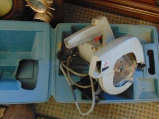 Black   Decker 71 4 saw w case