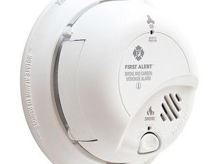 BRK Electronics GESC9120lBl First Alert AC Smoke   Carbon Monoxide Alarm with lithium Battery Backup set of 3