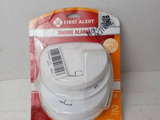 First Alert Smoke Alarm 2 pack lithium power cell