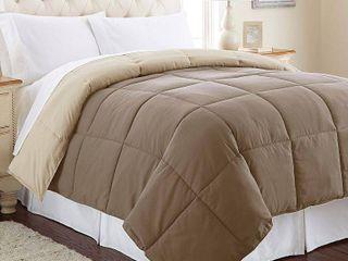 Amrapur Overseas All season Reversible Down Alternative Comforter
