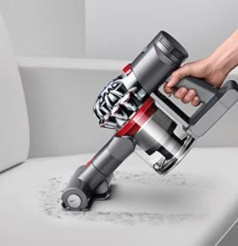 Dyson V7 Trigger Cord Free Handheld Vacuum Cleaner Retail   289 99