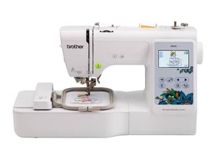 Brother  PE535 Embroidery Machine wit 4 x4  embroidery area  80 Built in designs   3 2  lCD Color Touchscreen Display Retail   599 99