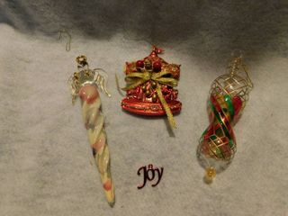lot of 4 cHristmas Ornaments Angel   Carousel