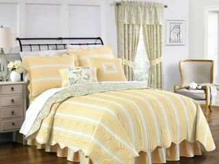 Green   Yellow Paisley Verveine Quilt Set  King  4pc   Waverly