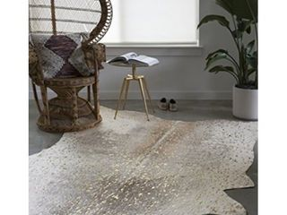 loloi II Bryce Collection Faux Cowhide Area Rug  5  x 6 6  Pewter Gold