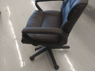 office chair  missing wheel