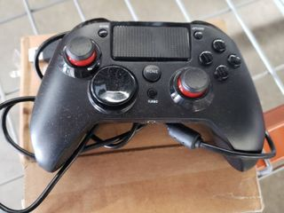 Playstation 4 wired gaming controller