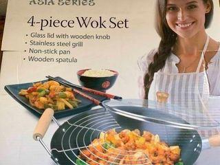 Chef Ventions 4 piece Wok Set