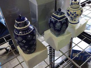 Set of 3 illuminated porcelain mini urns by valeria blue