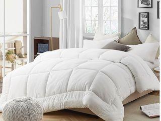 Natural loft Down Alternative Queen Comforter Retail 124 85