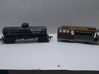 2 HO Model Train Cars