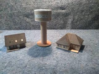 3 HO Model Train Buildings