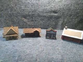 4 HO Model Train Buildings
