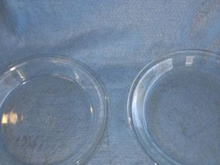Pyrex 8 in glass pie plate and fire King pie plate