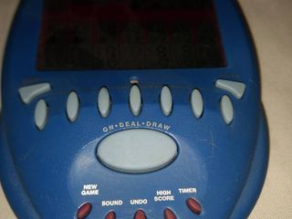 2004 big screen solitaire handheld game works