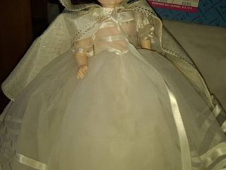 Madame Alexander original box Snow White doll