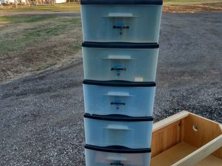 5 large Tenex simply drawers stackable