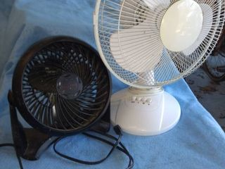 two electric fans both work