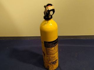 unused 1977 Captain Kelly by Gillette dried chemical fire extinguisher
