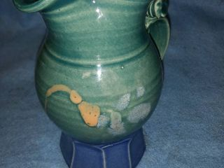 handmade pottery picture